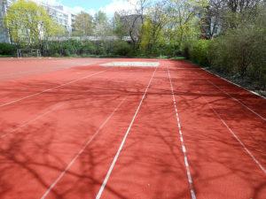 Sportplatz 6